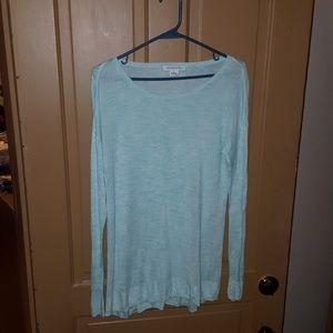 One pastel green thin spring summer sweater by Liz